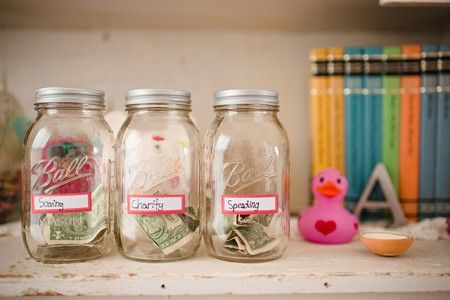 http://www.rougeframboise.com/maison/4-astuces-de-genie-pour-economiser-de-largent-au-quotidien