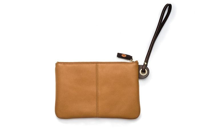 Wristlet bag / Bolso de pulsera. Small Leather Goods - Accessories: A perfect accessory that goes with everything all year round. This slimline bag designed with considerable space to fit your smartphone and other essentials can also be used as an elegant clutch for the evening.