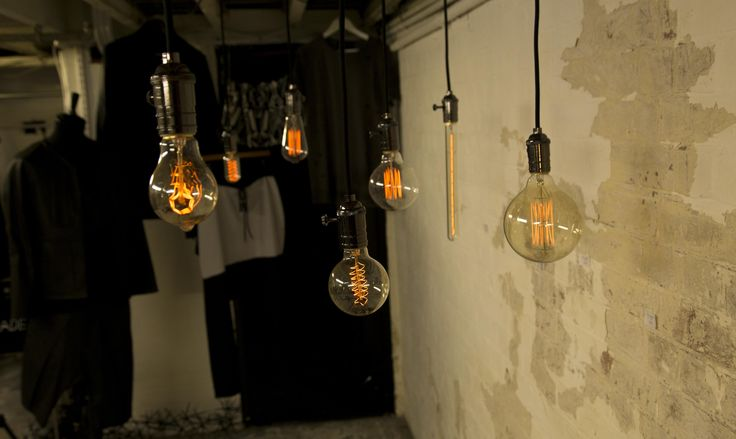 Mingili Shoreditch - Vintage Light Bulb - William & Watson