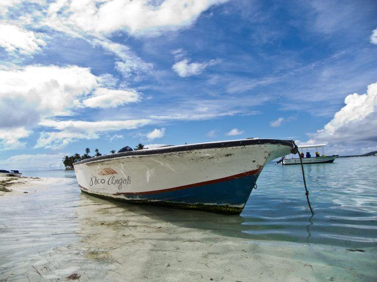 Lancha.  San Andrés Islas - Colombia.
