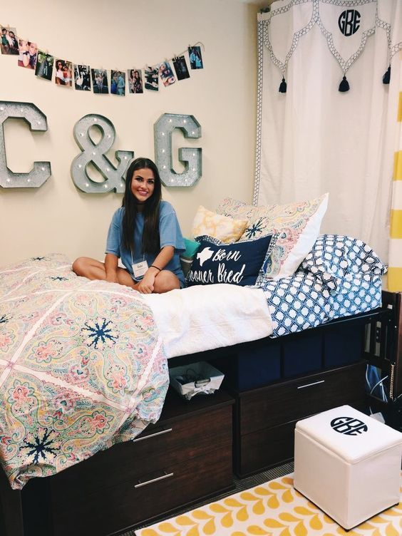 college girl dorm room inspiration ideas for women, pictures, white comfy, neat organized