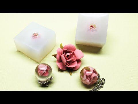 Making a silicone mold rubber for a resin sphere and a miniature rose with polymer clay for the inclusion. Fazendo um molde de borracha de silicone para uma ...