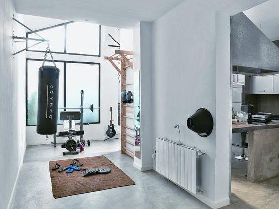eigenes fitnessstudio zu hause einrichten equipment pinterest fitnessraum zu hause. Black Bedroom Furniture Sets. Home Design Ideas