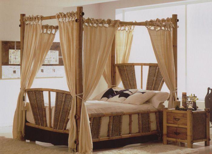 кровать из бамбука с балдахином