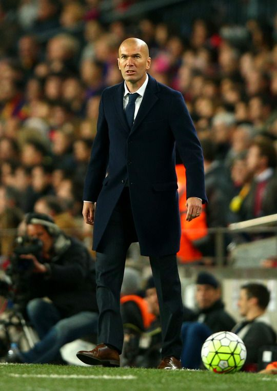 Zidane makes history at Camp Nou | April 2, 2016 - He is the first Real Madrid manager to win his debut El Clásico since Bernd Schuster (Dec '07).