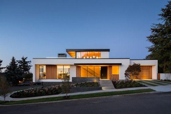 Fachada moderna de casa grande