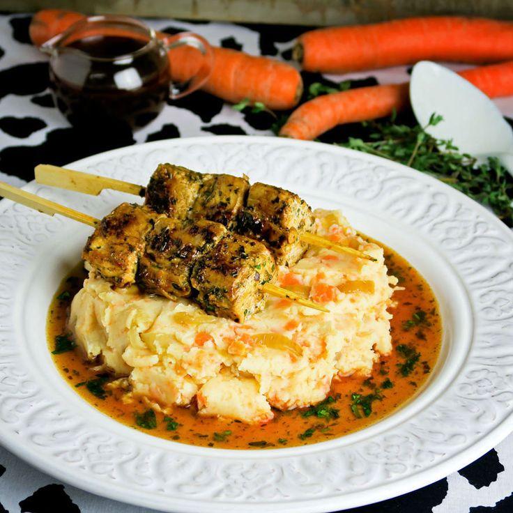 Recept Hutspot anders: met kruidig gemarineerde varkenshaasspiesjes en pikante jus