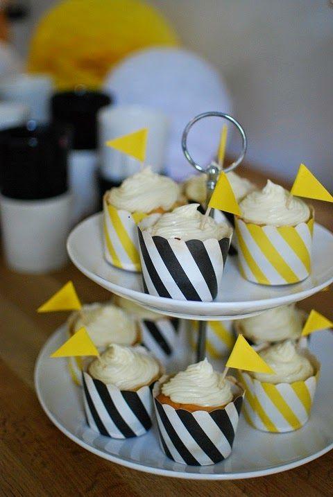 DecoDreamer's Diary: Vanilla flavoured lemon cupcakes, vaniljaiset sitruunacupcaket, cupcakes, lemon, kuppikakut, sitruuna