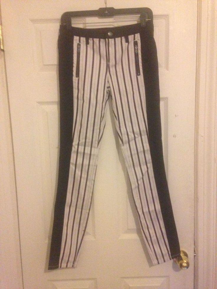 #vegan #style #fashion #pants #stripes #spring #chic #modern #lowrise #ClubMonaco