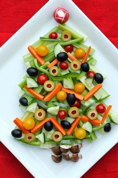 FOOD FANTASY....CHRISTMAS!!! Crudite Christmas Tree