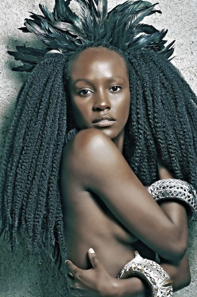 African Beauties | GLAMAZONIA exhibit celebrating African beauty and hairstyles at the ...