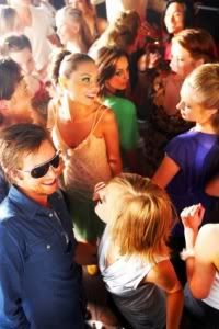 A freshman's girl guide to frat parties.