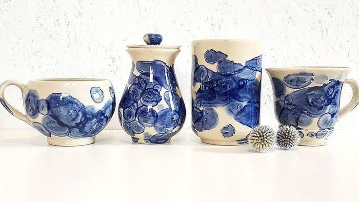 """36 kedvelés, 3 hozzászólás – Ceramiss Ceramic (@ceramiss) Instagram-hozzászólása: """"Itt a piros kollekció kék párja. 🎃 #pots #pottery #ceramicart #homedecor #homeware #tableware…"""""""