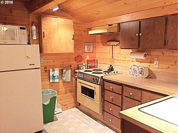Cool  Sq Ft Rhododendron Cabin For Sale