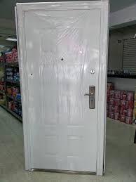 Instalamos y reparamos puertas, persianas, automatismos! Más de 25 años nos avalan en este sector. cerrajeroscatarroja.com