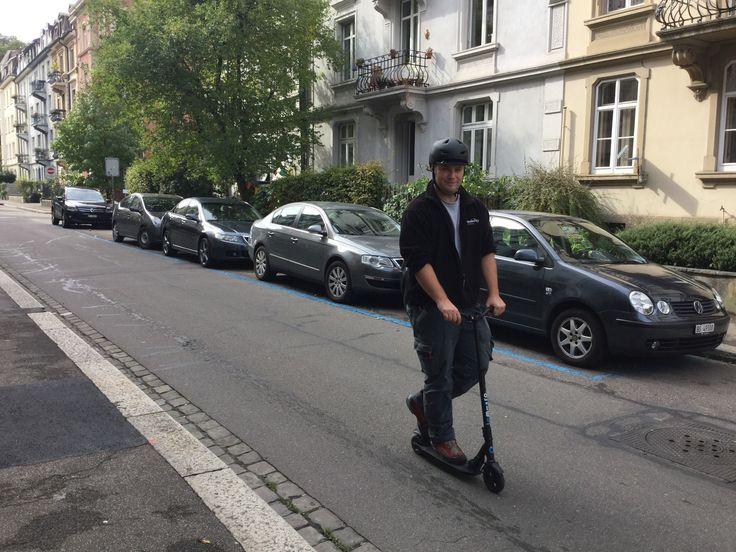 Das Catch a Car Service-Team: jetzt auf Elektro-Scootern unterwegs. #Basel #Carsharing