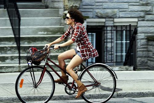 Cycle Chic, Image Source hectordoctor.com