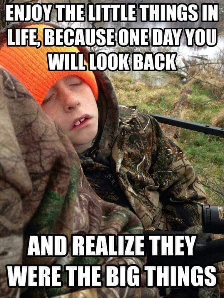 c2451a1c46532f0067c4712ef9c5448b deer hunting common sense 226 best hunting fishing memes images on pinterest hunting,Big Things Meme