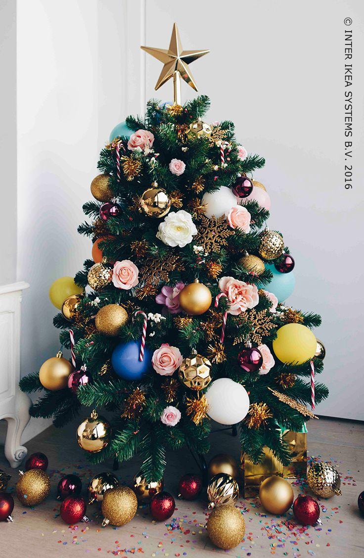 Ballonnen, prachtige rozen en confetti in hartjesvorm, geef een goede portie kleur aan je kerst en ga voor een creatieve bo(o)m aan herinneringen! Ontdek onze ideeën voor een betoverende, kleurrijke kerst. #IKEABE #IKEAidee #IKEAxGLAMATHEART   Balloons, beautiful roses and heart-shaped confetti. Add a pop of color to your Christmas and create some unforgettable memories! Discover our ideas for an enchanting, colorful Christmas. #IKEABE #IKEAidea #IKEAxGLAMATHEART