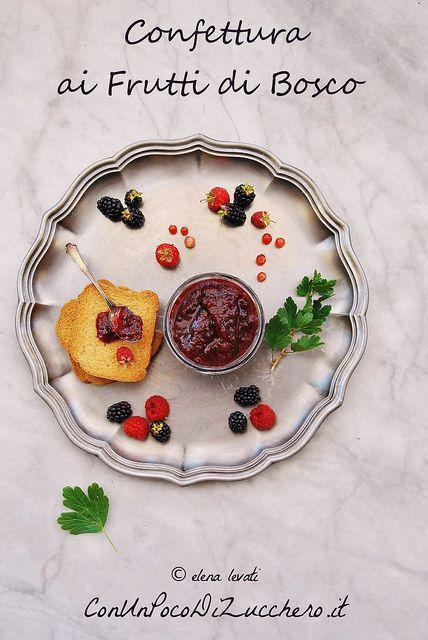 Confettura ai frutti di bosco, marmellata ai frutti di bosco fatta in casa