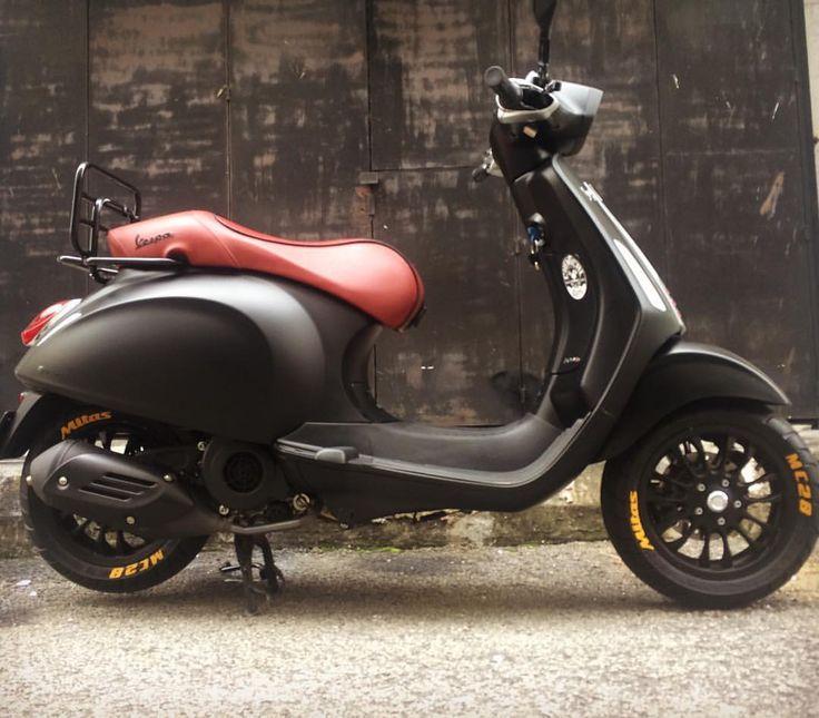 Mustard Mitas MC28 tyre lettering on matt black sprint #piaggio #vespalife #vespagran #vespa #modern - twofivedesign