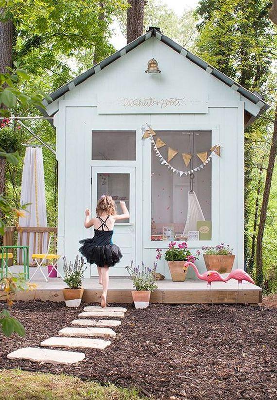15 Amazing DIY Backyard Playhouses