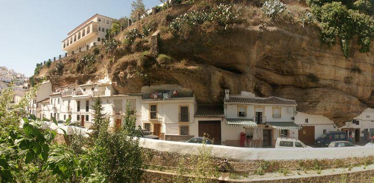 Setenil de las Bodegas, in Spagna