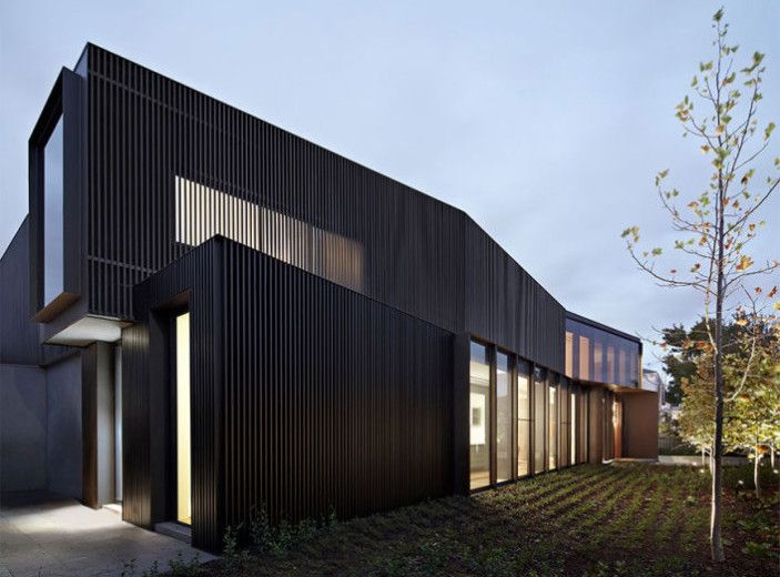 Shrouded House / Inarc Architects