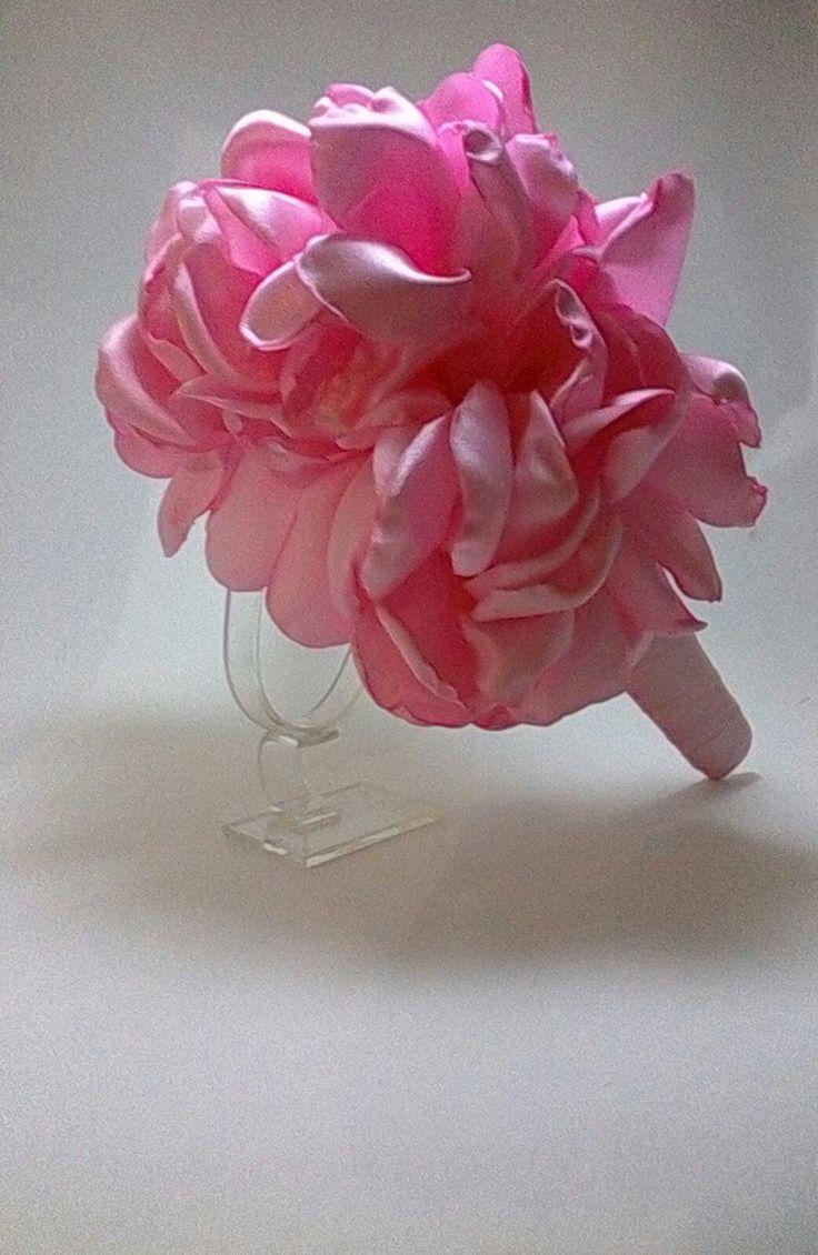 Hermoso cintillo en tela  de satin y flor-LY ACCESORIOS