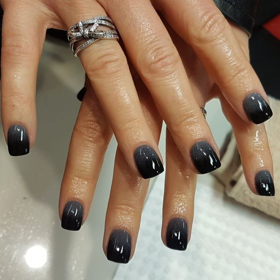 Black & Grey SNS ombre. Are you looking for fall acrylic nail colors design for this autumn? See our collection full of cute fall acrylic nail colors design ideas and get inspired!