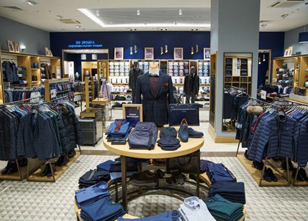 Menswear Clothing Displays Design Fashion Shop Interior Shop Design Clothing Displays