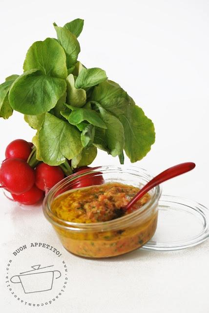 Conserva di verdure al pomodoro
