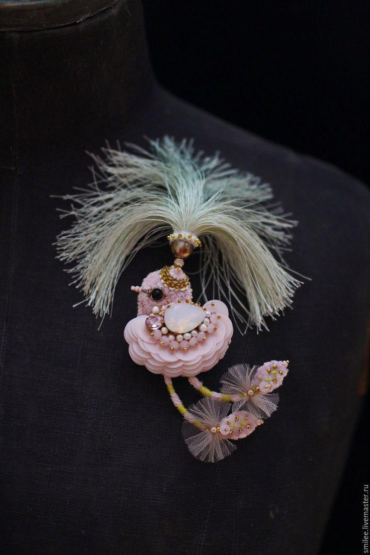 """Купить Украшение брошь """"Хохлатый петушок"""" - бледно-розовый, петух петушок, необычное украшение"""