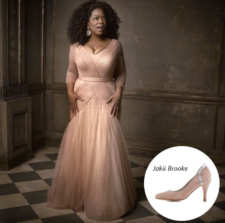 Oprah Winfrey's blush Vera Wang gown at the 2015 OSCARS® is a vision. <3  You can grab a piece of the Queen of Talk's style with blush-colored #JakiiShoes Brooke.  Get your own pair at our online store jakii.com or through our stockists Through The White Door, @cathleenjia, and The WHITE Collection Bridal Shoes and Accessories Australia if you're in Australia.
