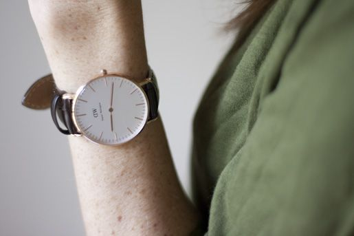 Round-faced watch | Daniel Wellington