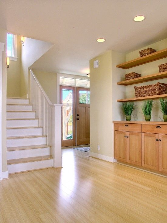 Light And Airy Feel To This Entryway! Great Of Use Of Accessories To Add A