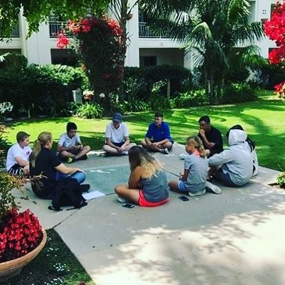Junior Campers and our sports psychologist planning how to focus on improving their game from head to toe. #juniorgolf #juniorgolfer #sandiegojuniorgolf #scga #carlsbad #sandiego #instagolf #golf #california #summercamp #callawaygolf #gearsperformancecenter #womenwithdrive #womensgolf #ajga #lpgatour #pgatour #juniorgolfcamp #juniorgolflist #golfinphoenix #ladygolfers #lajolla #delmar #tigermom #ranchosantafe #palosverdesgolfclub #palosverdes #womensgolfjournal #scpga #sandiegogolf…