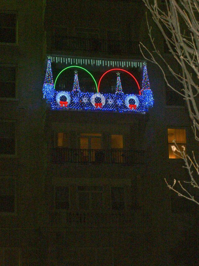 7 best christmas balcony images on pinterest apartment balconies balconies and balcony on christmas balcony decorations apartment patio id=15078