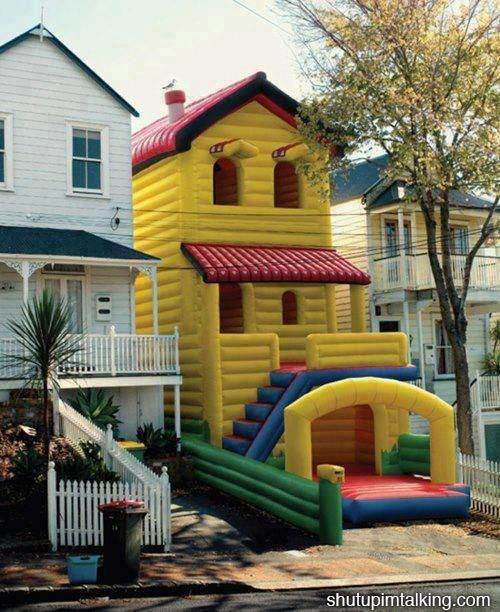 I want this it is cool it is the size of a house I LOVE THIS
