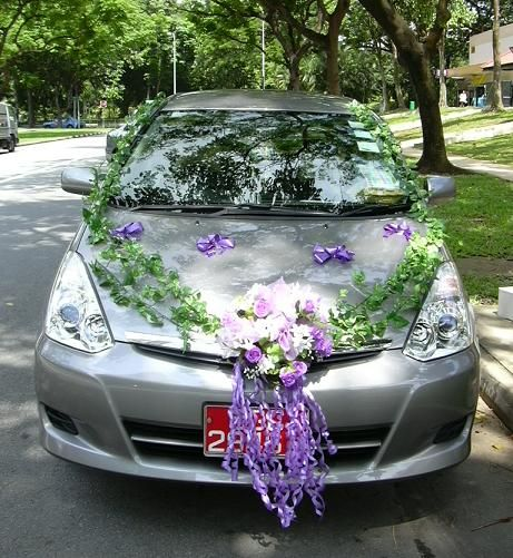 Wedding Car Decorations Add Teddy Bears Dressed As Bride Groom On Hood With The Ivy Blue Rosespink Roseswhite Roses Tiger Lilies Garlands Silk