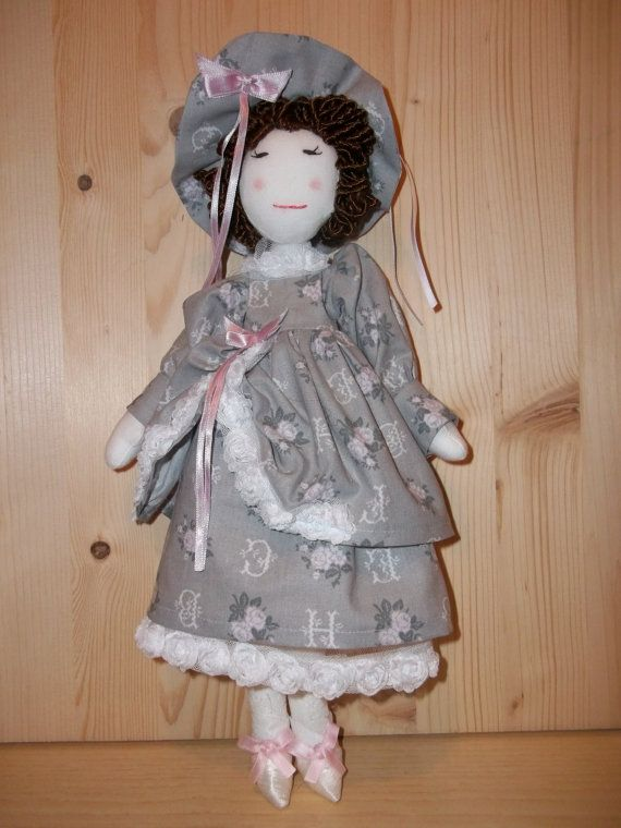 Pdf Cloth doll Vintage Style Dress. Pattern and   Instructions. Rossella Usai http://www.dalbauledellanonna.com
