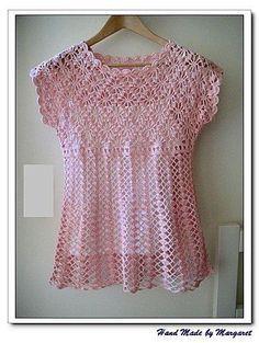 Bonita blusa em crochê para o verão