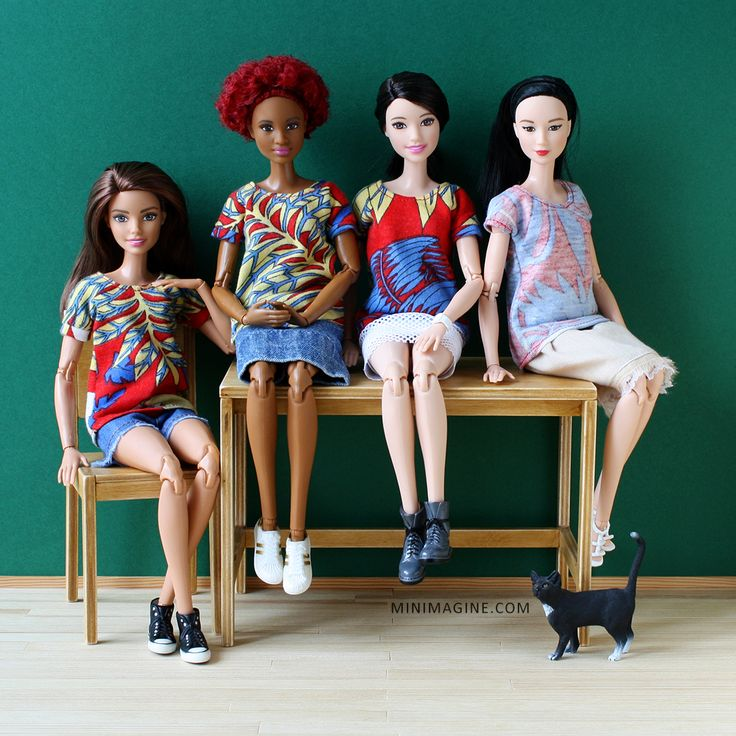 Minimagine: SHIRTS #barbie #fashionistas #mtmbarbie #barbiemadetomove #dolldiorama #diorama #playscale #dollfurniture #furniture4dolls