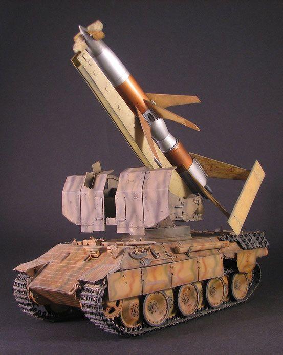 Panther mit der Flakrakete Rheintochter - Custom-Scales Webseite!