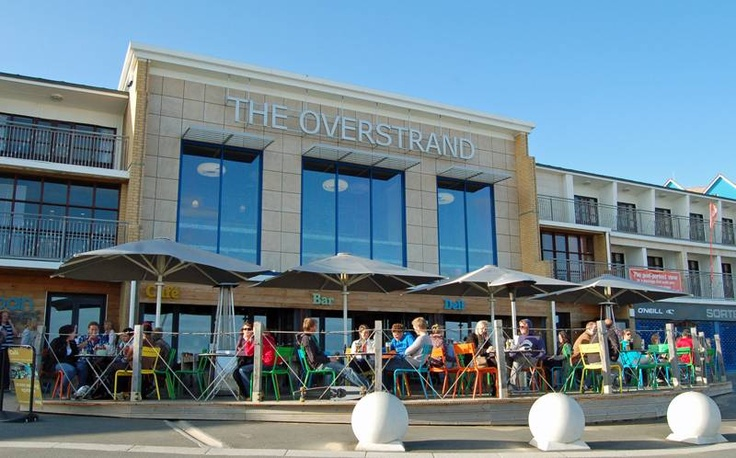 Urban Reef, Boscombe - Perfect location, amazing food, and fantastic coffee and cake!