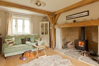 from little acorns.........: a delightful Cotswold Cottage