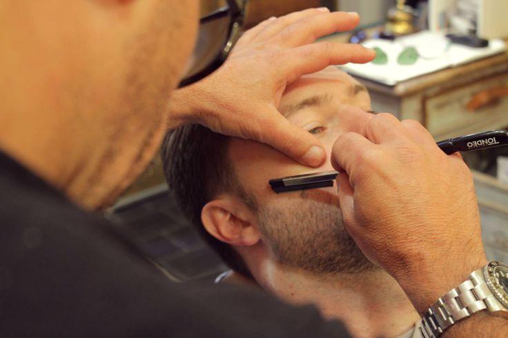 Préparatifs marié barbe