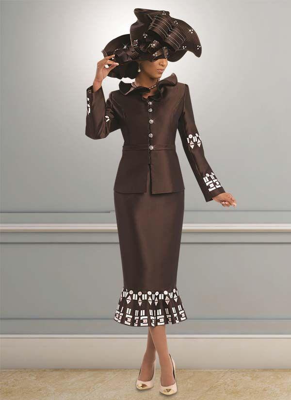 Donna Vinci 5532 Womens Applique Design Skirt Suit