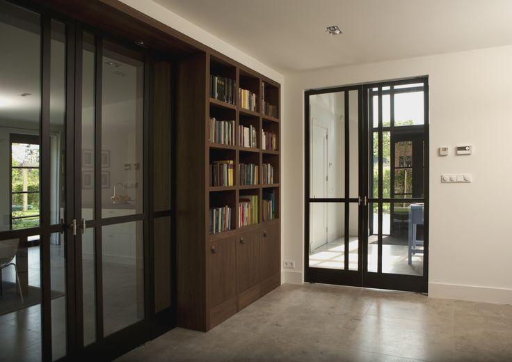 les 25 meilleures id es de la cat gorie portes pivotantes. Black Bedroom Furniture Sets. Home Design Ideas