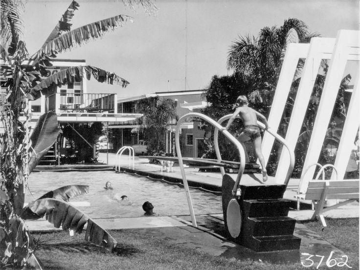 El Dorado Motel, Gold Coast Highway, Surfers Paradise, 1968